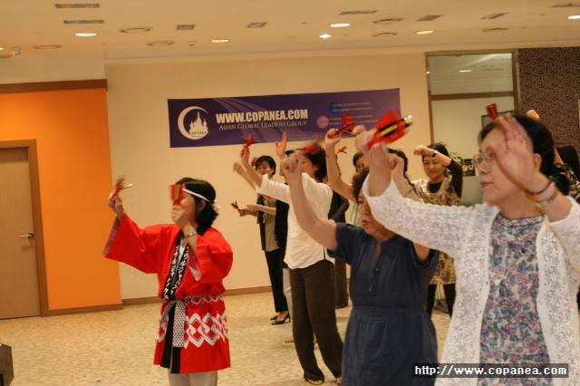 [코페니아포럼 후기 08/07] 이요베 세츠코님 <일본주부의 눈으로 본 해외에서의 이문화체험 & 자원봉사활동을 통한 문화교류>