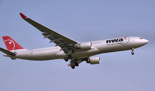 노스웨스트의 A330 기종